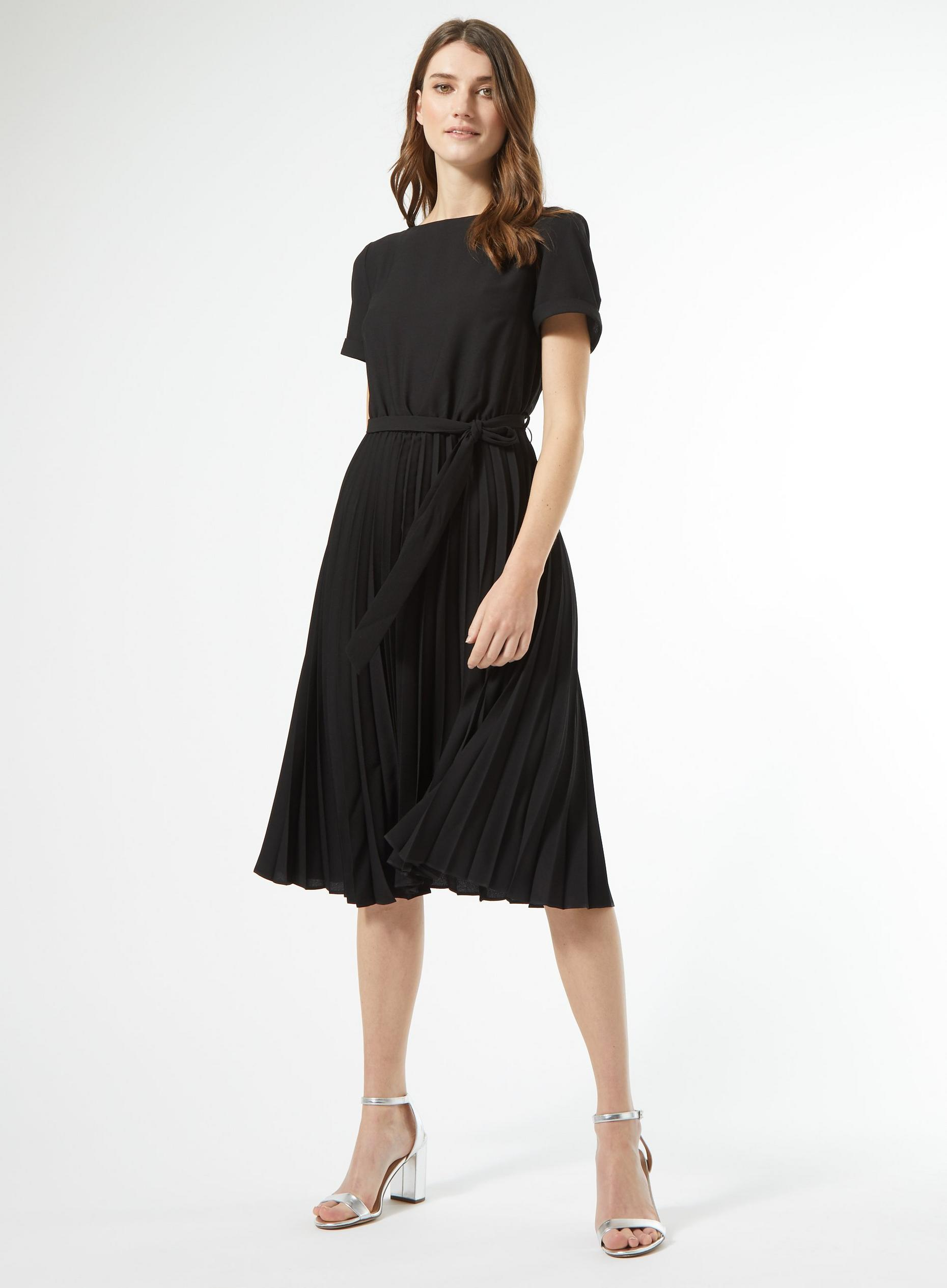 Black Turn Back Pleat Dress