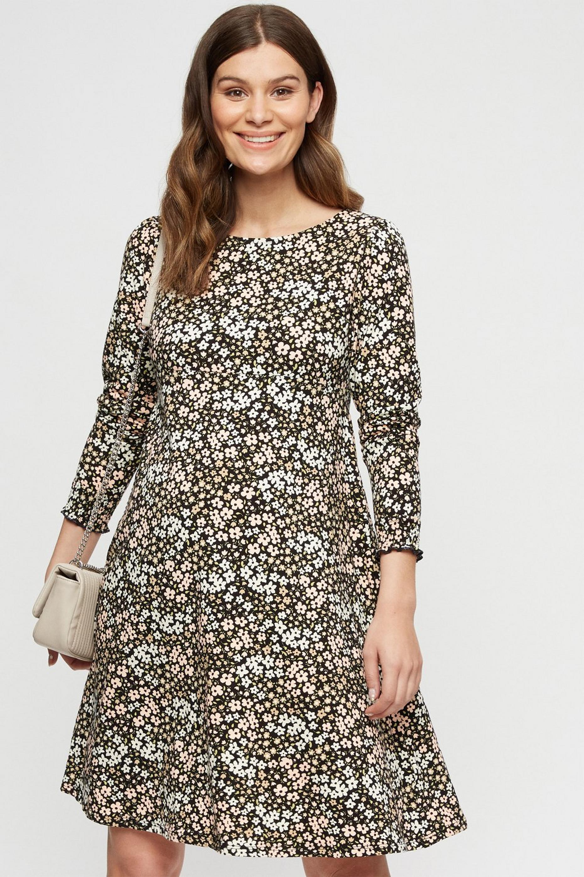 Petite Floral Puff Sleeve Fit and Flare Dress
