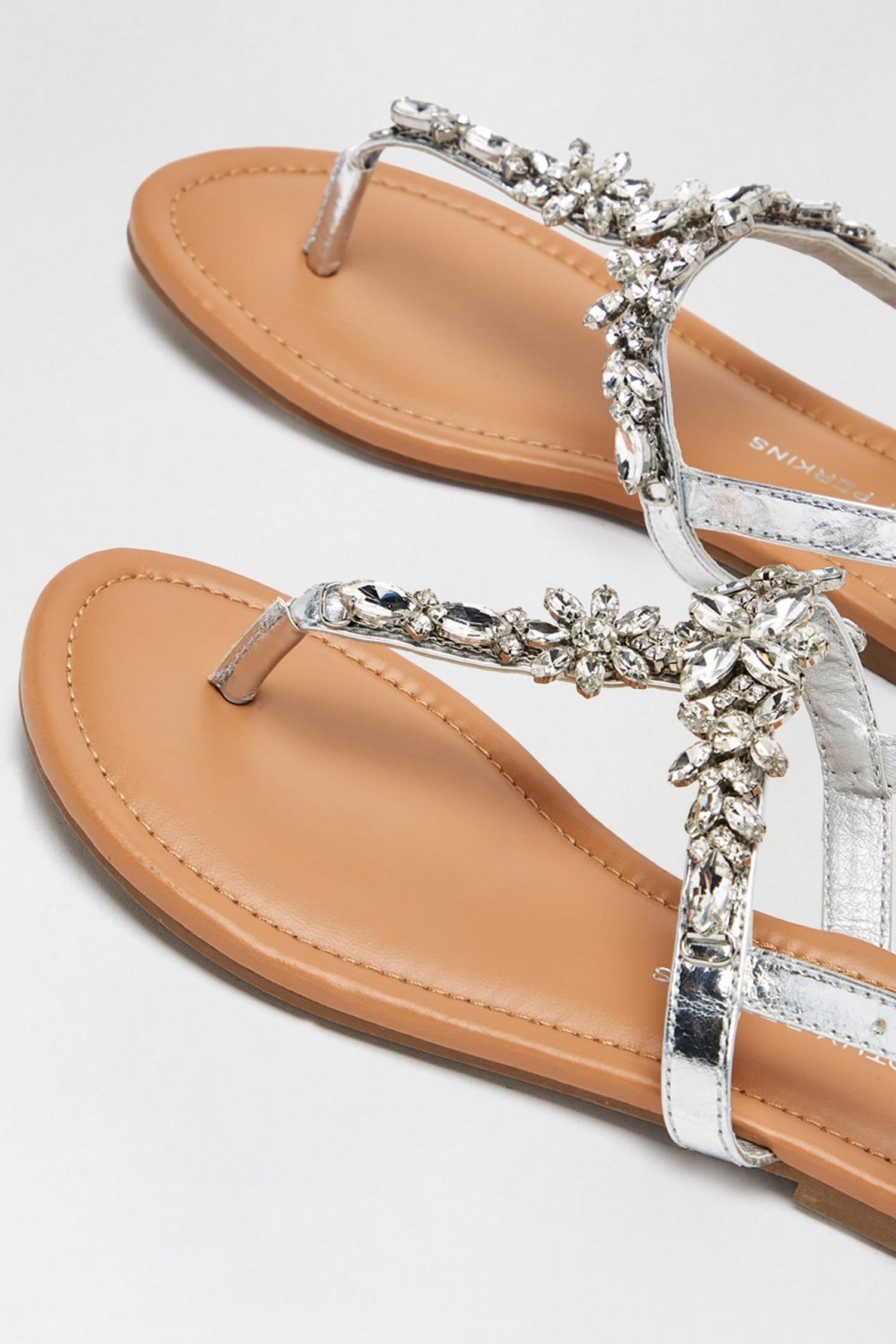 579 Silver Flower Jewel Sandals image number 3